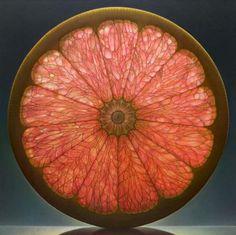 photorealism painting: GRAPEFRUIT: glorifying time-sensitivity of fruits through translucence glow on oversized painting by Dennis Wojtkiewicz (Ohio) 2012 (via cuded.com 21600_598)