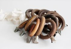 Lot of Vintage Wooden Curtain Rings with Clips by LittleRetronome