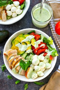 Pan-seared chicken, avocado, and a creamy flavorful pesto dressing spice up this colorful and massively flavor-packed caprese salad!