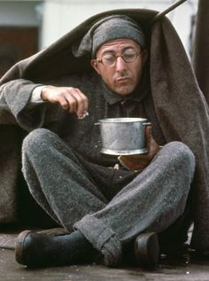 Dustin Hoffman in Papillon (1973)