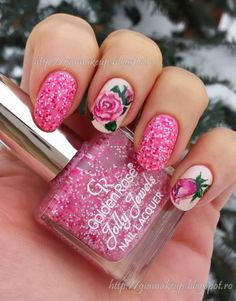 Pink flowers and glitter  from Gia Makeup Blog #nail #nails #nailart