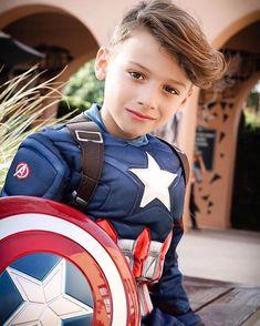 Young Cute Boys, Cute Little Boys, Cute Teenage Boys, Comic Costume, Cute Boy Outfits, Beauty Of Boys, Girls Foto, Kids Dress Patterns, Male Cosplay