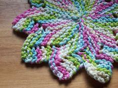 Lacy Star pattern by Heather Jordan