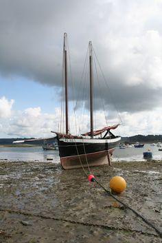Anciens bateaux de p che breton gabare pinterest brest bateaux et bateaux de p che - Bassin pneu occasion brest ...