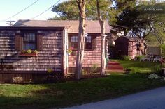 Beautiful seaside  cottage in Dennis Port- $200 a night, avail in June, small close to beach, whole place