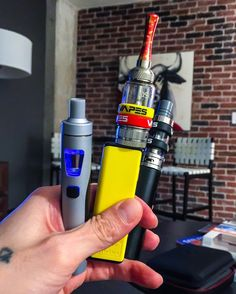 Vape life hand check what are you guys puffin on??? #vapes #vapor #vaping #mn #vapemagazine #vapeswagg #vapelyfe #vapelife #vaporlifeusa #girlswhovape #vaporizer #chill #instavape #vapestagram #vaporwave #vaporlife #vaporlifeusa #vapefam #concentrate #vapecommunity  #vapeonly #vapelove #vapers #vaper #minnesota #vapeporn #vapingcommunity #concentrates #ecigarette #dabs
