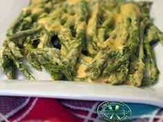 Espárragos verdes con limón y yogur. cocinayrecetas
