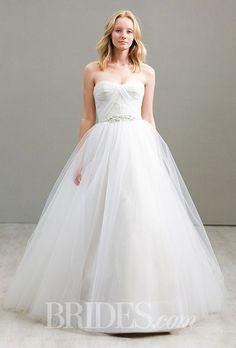 Tendance Robe du mariée  2017/2018  A classic strapless Jim Hjelm ball gown wedding dress | Brides.com