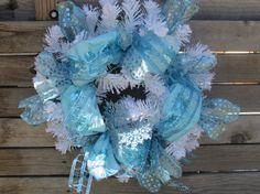 "20"" Christmas Wreath- Winter wreath- Snow Wreath- Snowflake Wreath- Blue/White Wreath- Christmas Decor- Winter Decor- Ribbon Wreath"