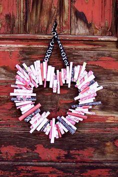 25 Heart Projects - The Cottage Market Valentine Wreath, Valentine Day Love, My Funny Valentine, Valentine Day Crafts, Valentine Ideas, Rolled Paper Wreath, Deco Kids, Diy Wreath, Wreath Crafts