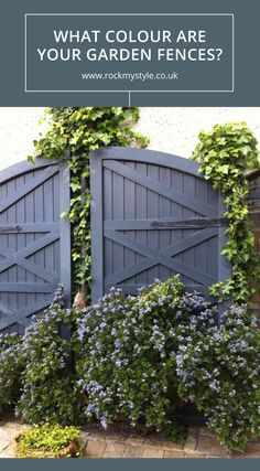 First-rate Wooden fence cost,Modern fence of nwa and Garden fence gate ideas. Grey Fence Paint, Fence Paint Colours, Fence Stain, Fence Landscaping, Backyard Fences, Garden Fencing, Fence Design, Garden Design, Fresco