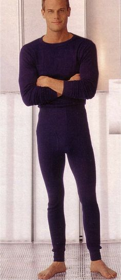Brett Hollands for J.C.Penney (Fall 1999) #BrettHollands #malemodel #model #malesupermodel #supermodel #Canadian #NextModels #FordModels_Chi #WilhelminaModel #HeffnerMGMT #JCPenney #catalog #catalogue #barefeet #armsfolded