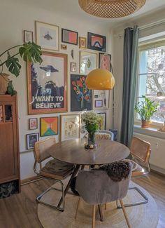 Apartment Interior, Living Room Interior, Living Room Decor, Bedroom Decor, Vintage Apartment Decor, Retro Living Rooms, Eclectic Living Room, Boho Living Room, Dream Apartment