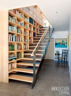 Mountain home in Wyoming inspired by its surroundings - - Designed by architects Carney Logan Burke, this is the home of its founding principal, located on a nearly five-acre site in Jackson Hole, Wyoming. Staircase Bookshelf, Staircase Design, Bookshelves, Best Modern House Design, Simple House Design, Modern Mountain Home, Mountain Living, Mountain Homes, Escalier Design