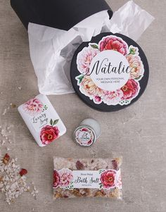 Shopping for Christmas gifts for her? You can't go wrong with a beautiful box of sweet-smelling bath treats! She will adore this gift box filled with lip balm, soap, and bath salts. Christmas Gifts For Girlfriend, Christmas Gifts For Friends, Christmas Gifts For Mom, Christmas Shopping, Gift Boxes Online, Incredible Gifts, Luxury Soap, Bath Salts, Lip Balm