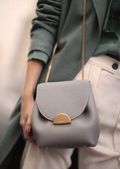 Polene Number One Mini Bag Gray Calf Leather Crossbody Handbag Gray New In Box Unique Handbags, Luxury Handbags, Purses And Handbags, Leather Handbags, Cheap Handbags, Cheap Purses, Popular Handbags, Cheap Bags, Big Purses