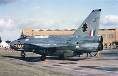11 Sqn Lightning F.6, XS925 'J' at RAF Finningley, 20 Sep 1975