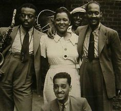 Ben Webster, Billie Holiday, Johnny Russel and Ram Ramirez in Harlem, Billie Holiday, Jazz Artists, Jazz Musicians, Afro, Martin Luther King, Instrumental, Classic Jazz, Classic Blues, Lady Sings The Blues