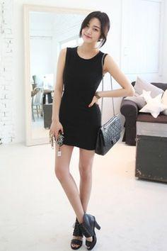 #igers #koreanfashion #fashion #clothes #dress #korea #korean #top #bottom #fashionideas #insta #idea #hip #coolfashion #girls #fun #cute #poshhgirl #beauty #lookbook #outfit #legs #newclassic #chic #streetchic #posh #tanktopidea #tanktop #basic #outfit #laidbackstyle #laidback #chilllook #loose #sheathdress #sheath