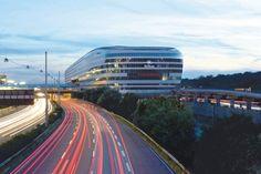 Hilton Frankfurt Airport / JSK Dipl. Ing. Architekten / JOI-Design / THE SQUAIRE / Our Client: gira.de (Schalterserie Event Aluminium)