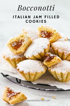 Italian Bocconotti Cookie recipe with a surprise inside fig jam. They resemble teeny tartlets which you can fill with your favourite jams or even Nutella. Italian Christmas Cookie Recipes, Italian Cookie Recipes, Sicilian Recipes, Italian Cookies, Italian Desserts, Christmas Baking, Baking Recipes, Italian Foods, Christmas Drinks