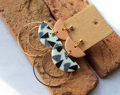 Custom Earrings, Earrings Handmade, Etsy Earrings, Dangle Earrings, How To Make Clay, Minimalist Earrings, Clay Jewelry, Jewellery, Polymer Clay Earrings