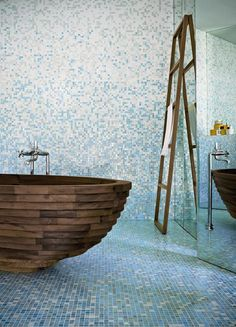 30 Relaxing and Chill Wooden Bathtubs - ArchitectureArtDesigns.com