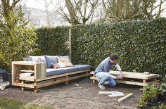Zelf je eigen tuinmeubelen maken. Bekijk hier de meeste populaire klussen. #Praxis #Voordemakers