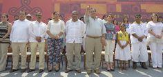 El gobernador Javier Duarte de Ochoa inauguró la XVI edición del Festival Cumbre Tajín en el Parque Temático Takilhsukut, que en 2015 tiene el lema El Trayecto de Nuestra Luz.