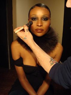Cynthia Bailey Atlanta Housewife makeup billy b Cynthia Bailey, Pretty Makeup Looks, Black Goddess, Housewife, Sexy Ass, Put On, Goddesses, Modeling, Atlanta