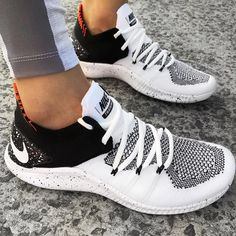 The Nike Free TR for women is a sneaker built for a multitude of training activities from cardio to weight lifting, and when it was time to upgrade it to the new Nike Free TR Flyknit 3 designers focused on two main aspects.