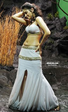 Tamanna Bhatia Totally Wet & Showing Her Sexy Navel,Bulging Melons & Hot Back.Spicy - Page 2 Beautiful Indian Actress, Beautiful Actresses, Hottest Models, Hottest Photos, Hot Actresses, Indian Actresses, Famous Celebrities, Celebs, Tamanna Hot Images