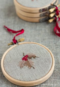 ~ Counted Cross-Stitch Holly ~ This so do-able....