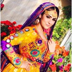 . Western Outfits, Indian Outfits, Afghani Clothes, Afghan Girl, Afghan Dresses, Mille, Folk Costume, Ethnic Jewelry, Afghans
