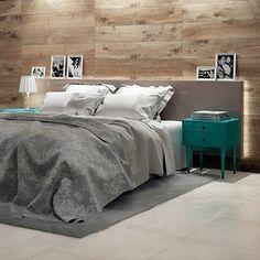 Uma técnica moderna para o seu quarto é aplicar o porcelanato na cabeceira da cama. Com a coleção Arbo HD você pode criar uma cabeceira moderna e diferenciada, deixando seu espaço com uma aparência mais contemporânea. #ceramicapotinari #porcelanato #piso #suavidade #quarto