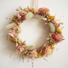 Pin by Joy Cho / Oh Joy! on Holiday (With images) Flower Power, My Flower, Flower Crown, Dried Flower Wreaths, Dried Flowers, Dried Flower Arrangements, Diy Garland, How To Preserve Flowers, Arte Floral