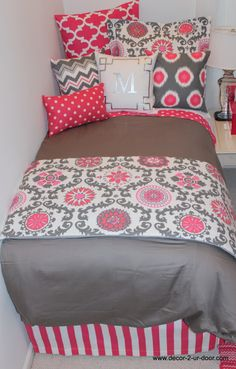 pink + grey dorm bedding