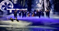 The world& best figure skaters, singers and musicians are united in one beautiful performance on ice - Art on Ice. More details you may find in the post. Ice Art, Zurich, Singers, Musicians, Articles, The Unit, Concert, World, Beautiful