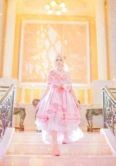 Cosplay Dress, Cosplay Costumes, Madame Red, Kawaii Cosplay, Cute Anime Wallpaper, Costume Collection, Art Base, Kawaii Clothes, Anime Manga