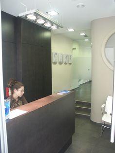 Detalle mostrador en Clinica Dental. En Plentzia, Bizcaya, Spain. Proyecto realizado por Javier Yrazu Bajo. Crokis Proyectos . +34629447373