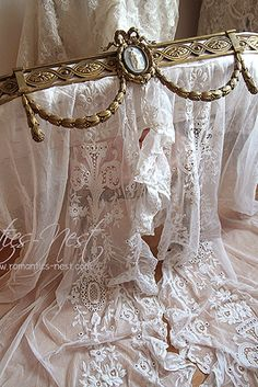 antique bed canopy
