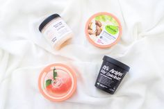PRIMETIME CHAOS - Body care products are amongs my favourites to try for smooth, radiant and moisturized skin - Body lotions, body butters, body scubs and body conditioners! Focus Foods, Body Lotions, Smooth Skin, Body Butter, Body Scrub, Body Care, Lifestyle Blog, Moisturizer, Conditioner