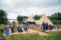 Amazing 50+ Best Summer Outdoor Wedding Ideas https://weddmagz.com/50-best-summer-outdoor-wedding-ideas/