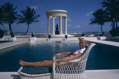 Circa Who Epitomizes Palm Beach Chic!- The Glam Pad