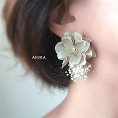 """Floral Earings"" ideas and inspirations – bestlooks Diy Earrings, Bridal Earrings, Flower Earrings, Fashion Earrings, Ear Jewelry, Cute Jewelry, Jewelery, Women Jewelry, Gold Jewelry Simple"