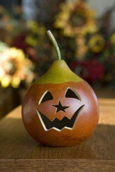 Miniatures Billy Jack Halloween Gourd ! http://www.gourdshop.com/catalog/winter/nick-winter-snowman-gourd.html