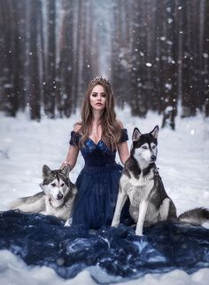One fantasy photography, animal photography, beautiful creatures Fantasy Photography, Girl Photography, Animal Photography, Foto Fantasy, Fantasy Dress, Animals Beautiful, Cute Animals, Beautiful Creatures, Beautiful Wolves