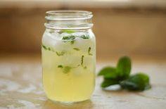 Limonada con menta y miel