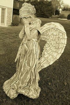 This is an amazing Halloween costume. Weeping Angle