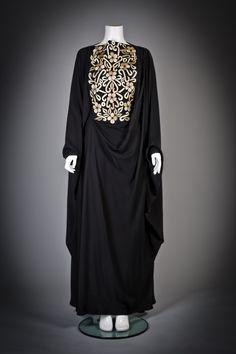 Black on Black on Black — arabianlioness: It's noir. Summer couldn't come...